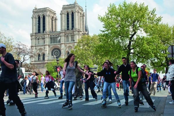 Rando Rollers et coquillages près de Notre-Dame